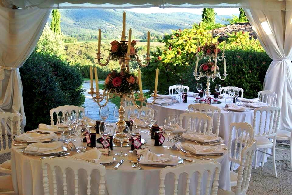 Con amore romantische bruiloften in toscane weddingplanner in bargino san casciano in val di - Decoratie chique campagne ...