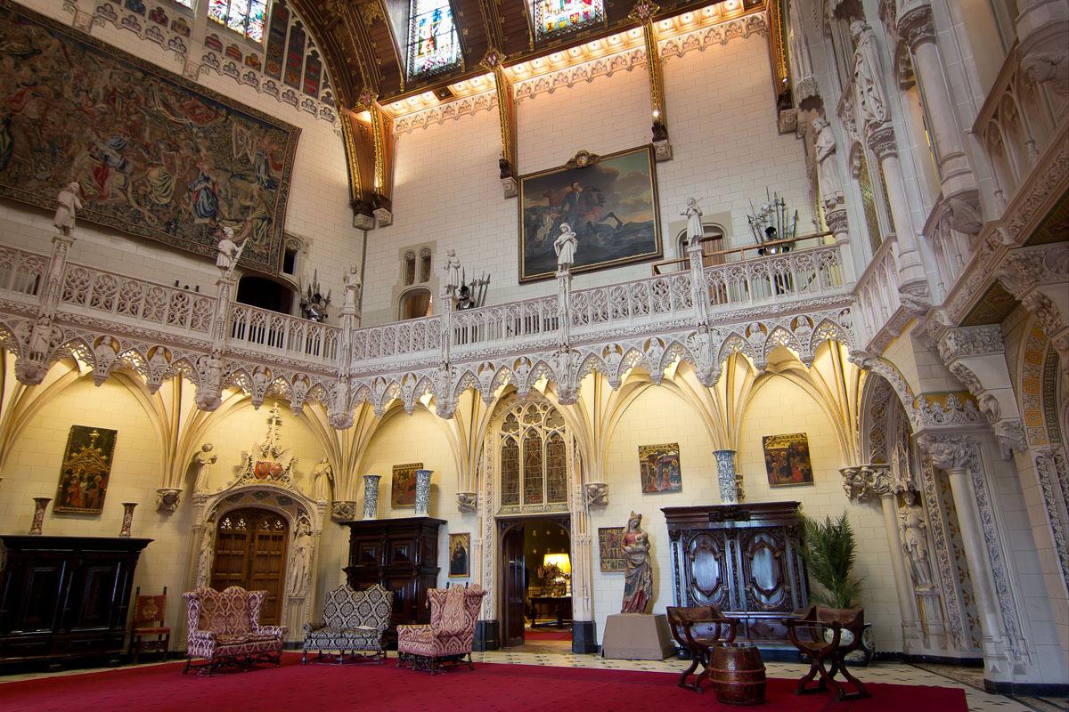 Afbeeldingsresultaat voor kasteel de haar main hall